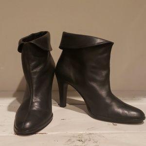Matisse black leather bootie